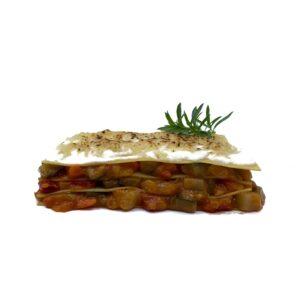 Comida casera congelada lasaña de verduras con bechamel y queso