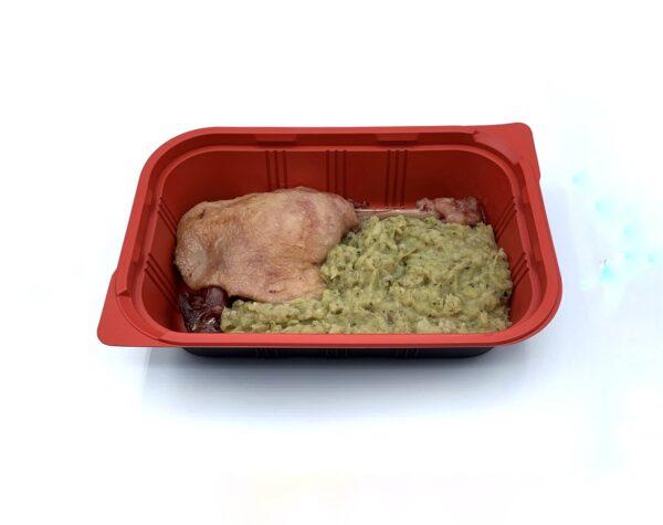 Menu de fiesta 5 gama tradicional pato confitado con trinxat de la Cerdaña